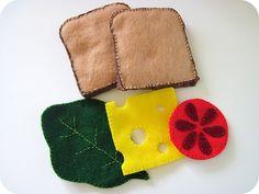 felt food crafts homemade by jill: short order cook Sewing For Kids, Diy For Kids, Crafts For Kids, Felt Food Patterns, Kids Play Kitchen, Play Kitchens, Felt Play Food, Food Crafts, Felt Diy