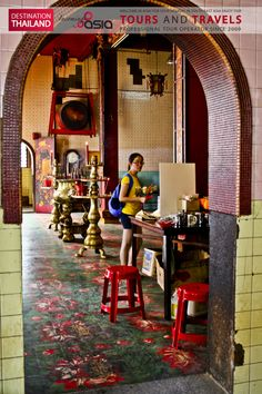 #chinese #buddhist #temple in #GeorgeTown #Penang Malaysia Exclusive #Travels and #Tours in South East Asia with Incoming Asia.  The best #Holidays in #Thailand #Myanmar #Malaysia #Singapore #Indonesia #Vietnam #Laos #Cambodia  #Viaggi e #tours esclusivi nel sud est asiatico con #incomingasia Le migliori #vacanze in #Thailandia #Myanmar #Indonesia #Malesia #Singapore #Laos #Cambogia #Vietnam http://www.facebook.com/pages/Incoming-Asia-Tour-Operator/210782032279488