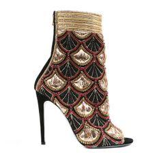 Bottines brodées or, noir et rouge, prix sur du demande 1 | Mode | Vogue