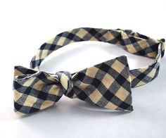 Cream and Navy Plaid Freestyle Bow Tie by tuxandtulle on Etsy, $28.00