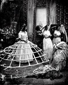 crinoline hoops - 1850-1880 ... how cumbersome these must have been....oh what a woman wouldn't do for fashion and vanity