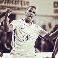 Instagram post by Paris Saint-Germain Handball • Dec 16 003306858483c