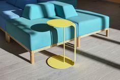 Sitzlandschaft und Beistelltisch in kräftigen Farben im Sonnenhof, Berlin. Entwurf: Joao. Design Direction: Mark Bendow. Foto: Martin W. Maier. #productdesign #furnituredesign #interiordesign