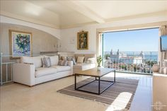 Deluxe Penthouse with terraces and panoramic... - HomeAway Alfama