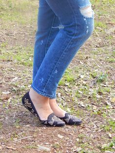 Studded flats and ripped jeans