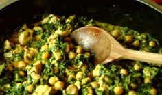 butter chicken with chickpeas and spinach