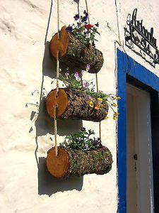 Details about Log planter / Log Flower Basket /Wooden Rustic Log Flower Ladder - Garden Style - Details about Log planter / Log Flower Basket /Wooden Rustic Log Garden Crafts, Diy Garden Decor, Garden Projects, Garden Ideas, Garden Inspiration, Diy Planters Outdoor, Wooden Planters, Flower Planters, Flower Pots
