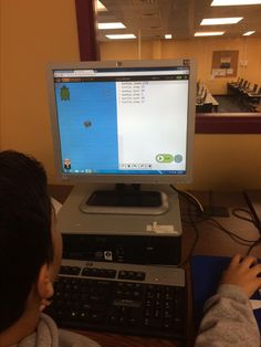 """""""Hour of code in 4th.  Code Monkey! Let's get the monkey to eat the banana! #teamfernbrook #hourofcode @fernbrooklmc"""""""