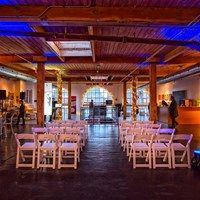 A stylish event & art venue, Twist Gallery offers 5000 sq ft of event space, ideal for social & corporate occasions. A New York style loft venue with high, beamed ceilings & French arch windows, Twist overlooks Toronto's colourful Queen St West. French Arch, Social Environment, Downtown Toronto, Arched Windows, New York Style, Ceiling Beams, City Streets, Wedding Images, Skylight