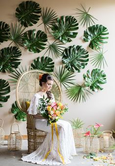 Chic Glam Tropical Retro Wedding - You and Big Day Tropical Bridal Showers, Tropical Party, Tropical Colors, Tropical Decor, Tropical Interior, Deco Nature, Photo Booth Backdrop, Vintage Birds, Home And Deco