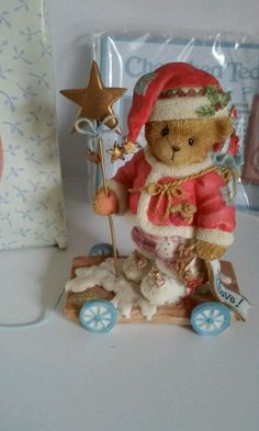 2002 Santa in Series New in Box Christmas Time, Christmas Crafts, Christmas Decorations, Clay Bear, Arte Disney, Christmas Figurines, Pasta Flexible, Collectible Figurines, Teddy Bears