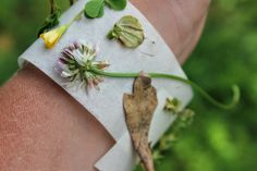 Nature Hunt Bracelets. The Chirping Moms: 15 Camping Themed Activities for Kids