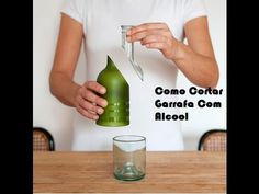 Como Cortar Garrafa De Vidro Com Alcool e Barbante - YouTube Wine Craft, Wine Bottle Crafts, Bottle Art, Recycled Bottles, Plastic Bottles, Glass Bottles, Cutting Wine Bottles, Bottle Cutting, Cut Glass