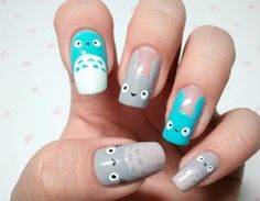 """""""Geek Nail Art: did the owl on my ring finger and it turned out great!"""" <-- ugh are you kidding me!? whoever wrote this is not a proper geek.  owl.  psh."""