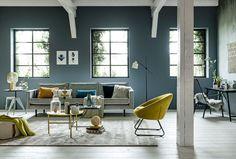 styling: Cleo Scheulderman photo: Sjoerd Eickmans wonen vergrijsd blauw oker
