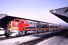 The Atchison, Topeka and Santa Fe Railway's combined Super Chief / El Capitan pulls into Track 10 at Los Angeles' Union Passenger Terminal (LAUPT) on September 24, 1966.