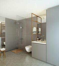 badezimmer bambus badematte design graue wandfliesen gläserne duschwand
