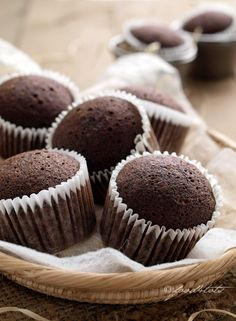 Steamed Chocolate Banana Cupcakes
