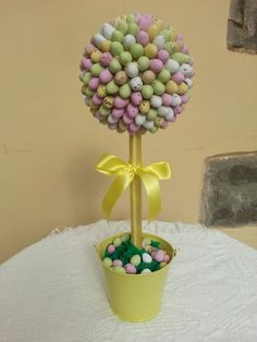Easter mini egg sweert tree Sweet Bar, Mini Eggs, Party Supplies, Party Themes, Parties, Easter, Cake, Desserts, Food