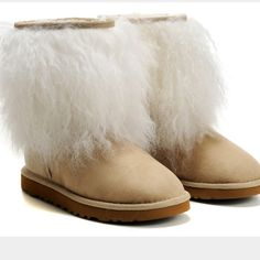 Pin by Stephanie Reilly on Ugg boots, Slippers and furry boots | Pinterest | Furry boots