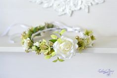 Floral crown White  green roses flower wedding crown от Vualia