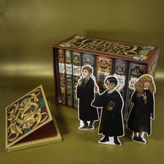 Harry Potter: Band im Schuber – mit exklusivem Extra! Ravenclaw, Harry Potter Groups, Gift, Dragon, Books, Harry Potter Stuff, Homemade, Gifts, Libros