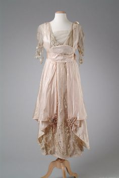 Pink silk taffeta evening gown 1914