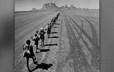 Pulitzer Prize Winning Photography   Seven Pulitzer Prize-Winning Alumni to Receive Isaiah Thomas Award ...