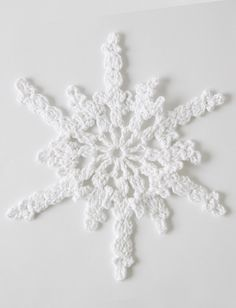 Twinkling Snowflakes...2 different snowflakes... Free pattern!!