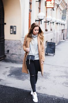 Superstars & camel coat // Alexa Dagmar