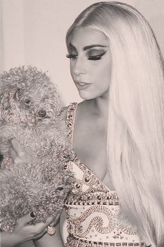 Lady Gaga looking so pretty Divas, Lady Gaga Fashion, Lady Gaga Pictures, Goddess Of Love, Our Lady, Girl Crushes, My Idol, Beautiful People, Celebs