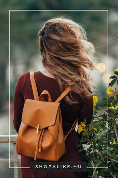 Ősszel is mindennél fontosabb számodra a kényelem, de a divatról sem szeretnél lemondani? Akkor szerezz be egy csinos hátizsákot. Szerencsére ma már rengeteg kecses, áramvonalas modell kapható, ami egyáltalán nem hasonlít az ormótlan túrahátizsákokra. Az elérhető minták és színek széles választékának köszönhetően minden szettedhez találhatsz megfelelő hátizsákot. Tökéletes választás a suliba, sportoláshoz, a hétvégi shoppingoláshoz, de akár az irodába is. #hátizsák #őszidivat #nőitáska Kids Bags, Leather Backpack, Kids Fashion, Good Things, Lady, Ladies Bags, Stuff To Buy, Bedding, Cherry