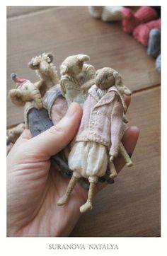 Best 12 Little rabbit dolls Fabric Animals, Felt Animals, Tiny Dolls, Soft Dolls, Fabric Toys, Fabric Art, Doll Toys, Pet Toys, Pull Bebe