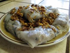 Bánh Cuốn – Vietnamese Rice Crepes with Ground Pork and Mushrooms