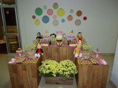 Mesa de Aniversário da Festa Infantil do Chaves