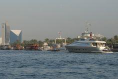 Amer 92' Deluxe sailing in Dubai Creek