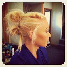 Gwen Stefani! Love her hair here!!