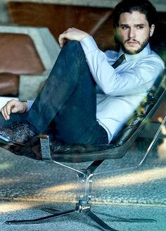 Kit Harington e basta. : Photo
