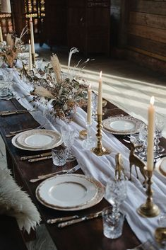 33 Lovely Winter Tablescapes Decoration Ideas Best For Wedding Party - Spring is a wonderful time of the year. After a long, cold winter cooped up in the house, we all get the chance to breathe in the fresh air and enjoy . Luxe Wedding, Floral Wedding, Wedding Shoot, Wedding Details, Rustic Wedding, Oklahoma Wedding, Boho Wedding Decorations, Winter Wedding Inspiration, Winter White