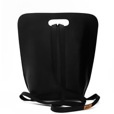 b://BASIC black via Simple be bags // handmade in Italy. Click on the image to see more!