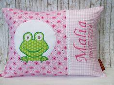 "Namenskissen - Namenskissen "" Frosch "" rosa/Blumen incl.1.Name - ein Designerstück von Julies-Place bei DaWanda"