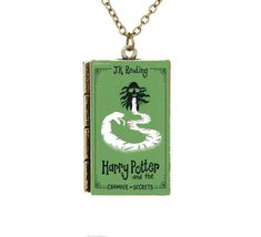 Check it out Potter Heads! Creative Miniature Harry Potter and the Chamber of Secrets TINY Book 2 Necklace Rowling Harry Potter, Harry Potter Memes, Harry Potter Book Covers, Harry Potter Necklace, Chamber Of Secrets, Harry Potter Pictures, Necklace Price, Mischief Managed, Hogwarts