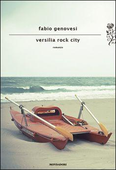 """Dopo """"Esche vive"""" Fabio Genovesi torna con Versilia rock city! Non vediamo l'ora di leggerlo"""