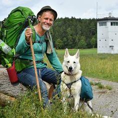 Adventurer Mario Goldstein hikes the Green Band for BUND campaign