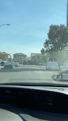 This home has spacious high ceilings and beautiful flooring! . Listed in October 2020 for $385,000 . This is not my listing. All information is not guaranteed. The home may or may not be available at the time of this posting. . Video is for entertainment purposes only. . If interested in real estate or Las Vegas living, please reach out to me :) . Leng Lim, Realtor Las Vegas Real Estate Specialists License S.0169965 702-343-2670 Lengsellsrealestate@gmail.com . #lasvegasrealestate #lasvegasrealto Las Vegas Living, Las Vegas Real Estate, High Ceilings, October, Entertainment, Flooring, Beautiful, Home, Tall Ceilings