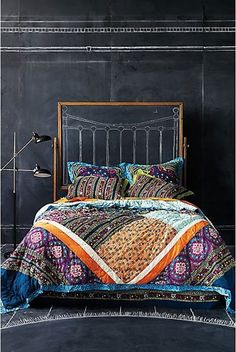 40 Bohemian Chic Bedroom Design Ideas ~ creative vintage chalkboard headboard!