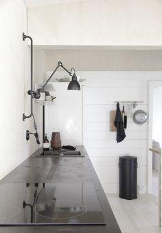 Blogiystäväni ihastuttava minimalistinen mökki / LÖYTÖ