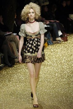 D&G | Fall 2005 Ready-to-Wear Collection | Style.com