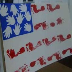 Foot & handprint Flag,great idea to have for a welcome home to any spouse coming home from deployment! Patriotic Crafts, July Crafts, Holiday Crafts, Crafts To Make, Crafts For Kids, Welcome Home Daddy, Welcome Home Signs, Welcome Home Parties, Preschool Art