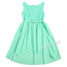 Zwiewna i urocza sukieneczka na lato! Modny miętowy kolor sprawia, że kreacja prezentuje się naprawdę cudownie — każda dziewczynka będzie zadowolona z takiego prezentu! | Cena: 89,90 zł | Link do sklepu: http://tiny.pl/grk5l